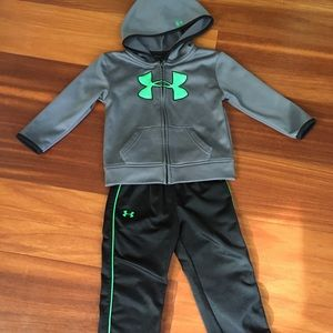 Boys Under Armour outfit size 24 months